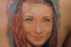 Портрет-с-лого